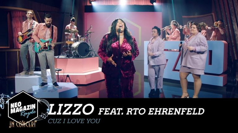"Lizzo feat. RTO Ehrenfeld – ""Cuz I Love You"" (Neo Magazin Royale in Concert)"